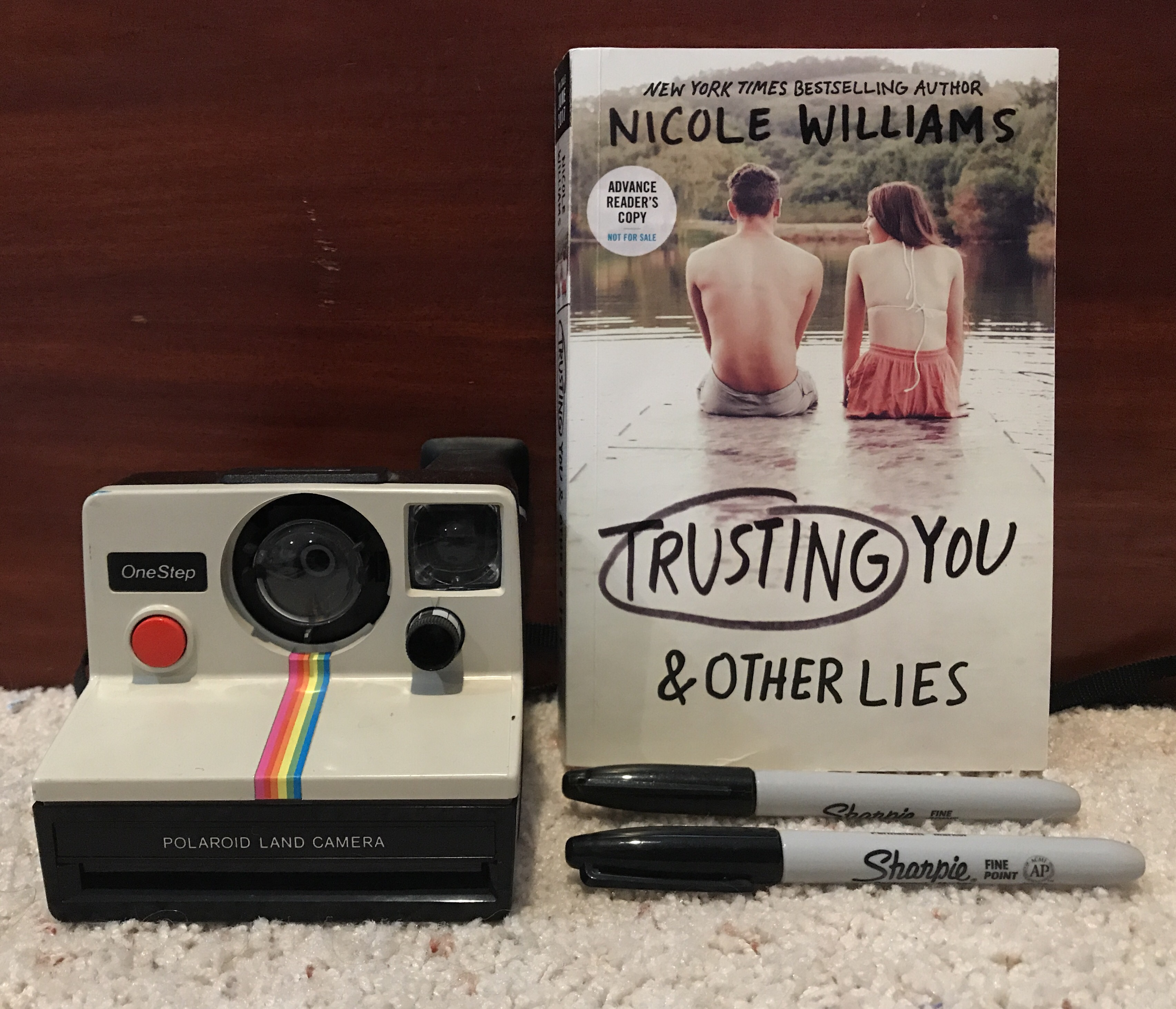ARC REVIEW] 'Trusting You & Other Lies' By: Nicole Williams | buried